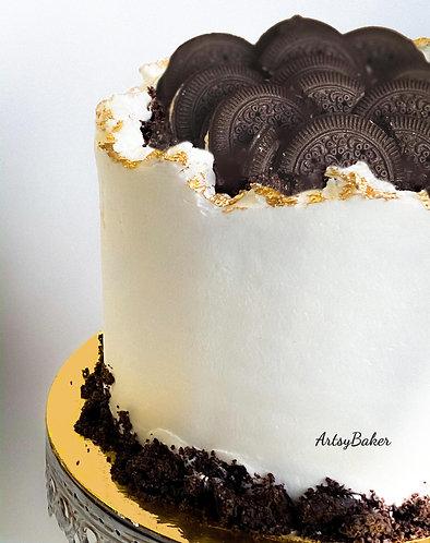 Cream n' Crumbs Cake