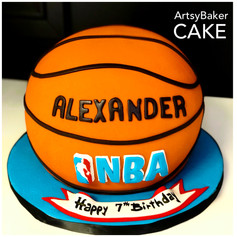 Basketball cake