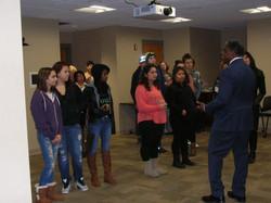 Randall Mc Kennie speak with students of Shared Journey School 2015 (K)