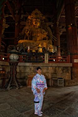 Tōdai-ji Temple with Dirce