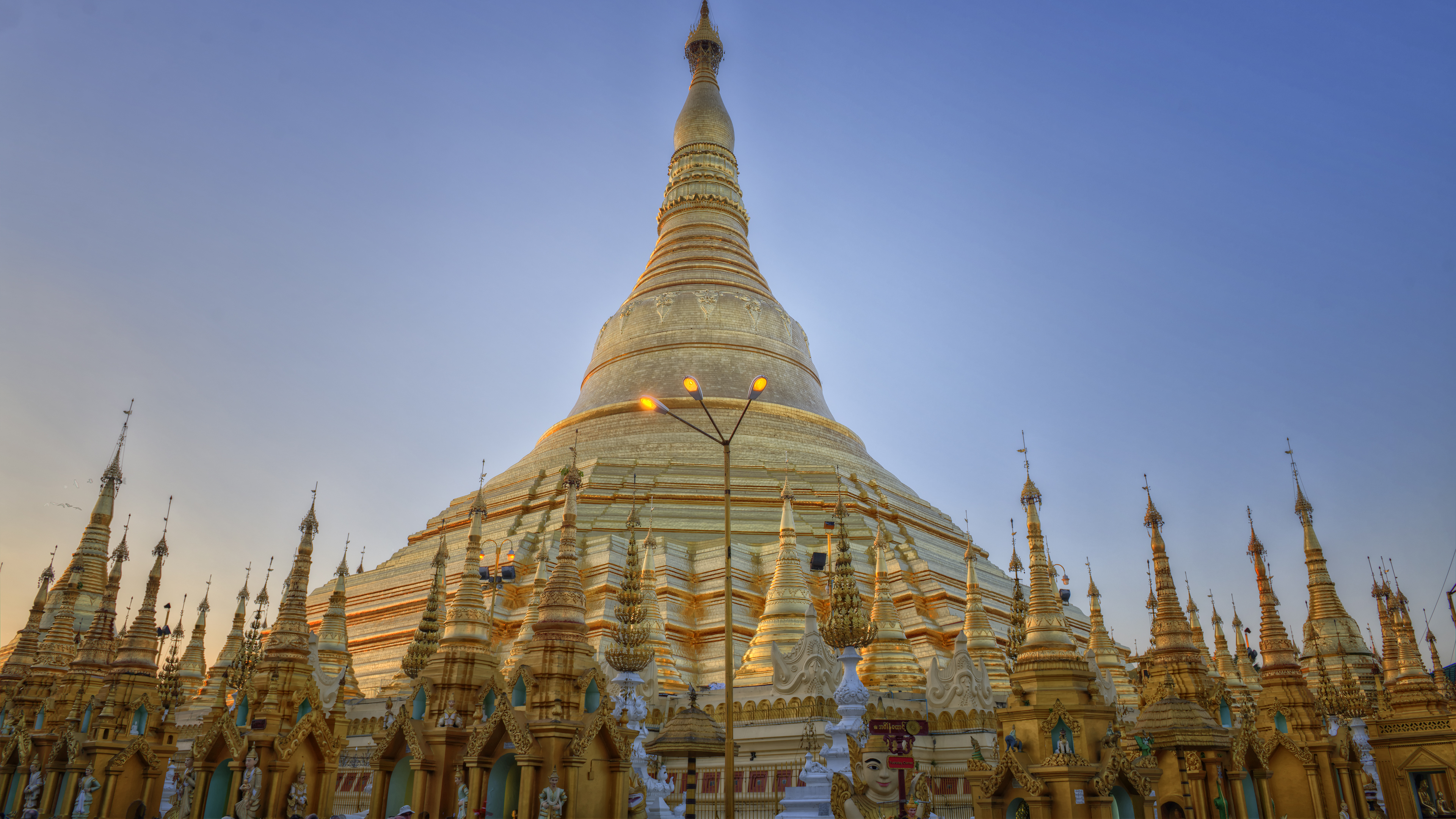 Pagodas in Yangon