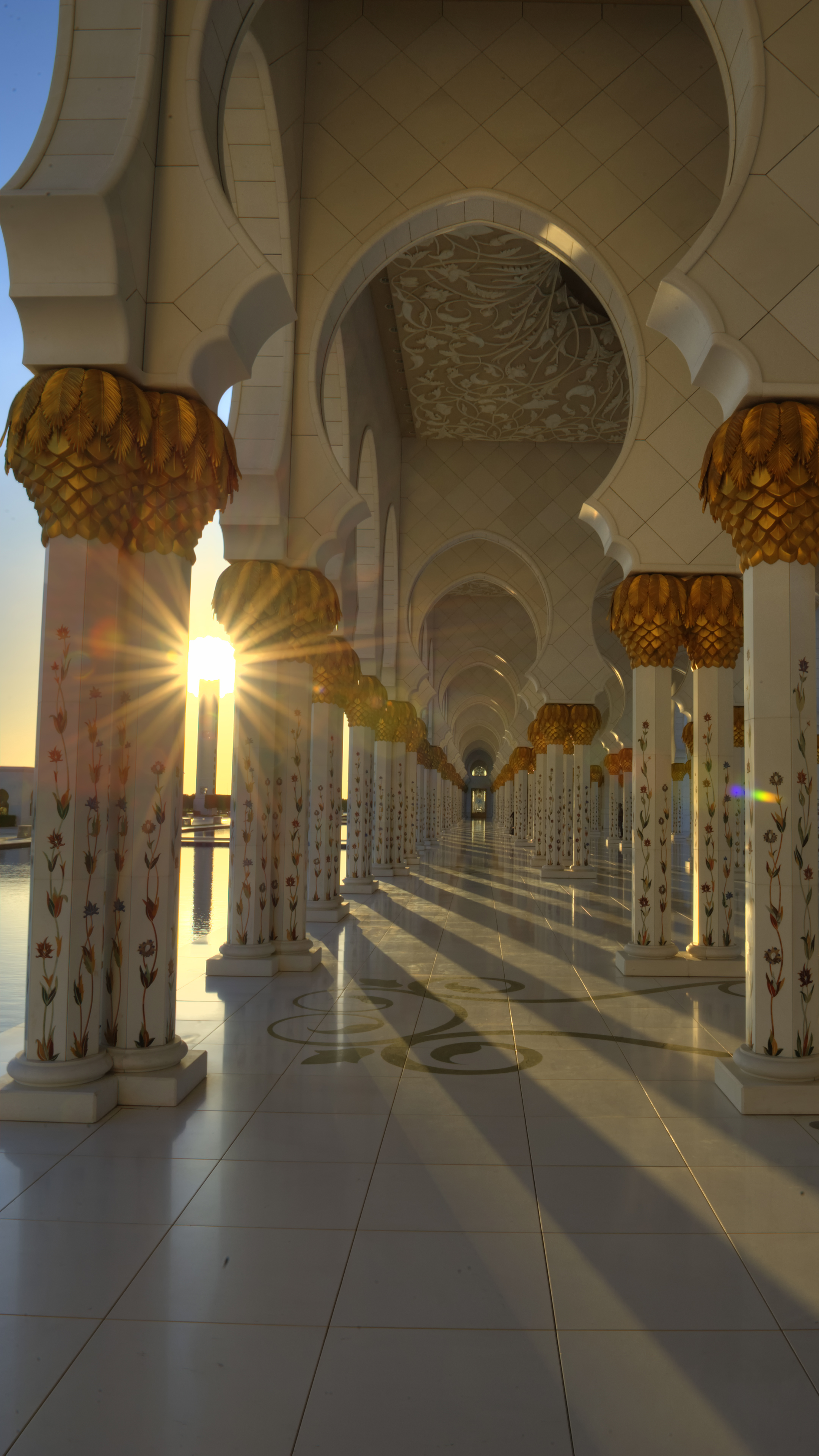 Sunset at the Grand Mosque
