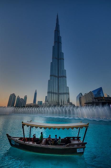 Dubai-Burj_Khalifa_DRJ0896_.jpg
