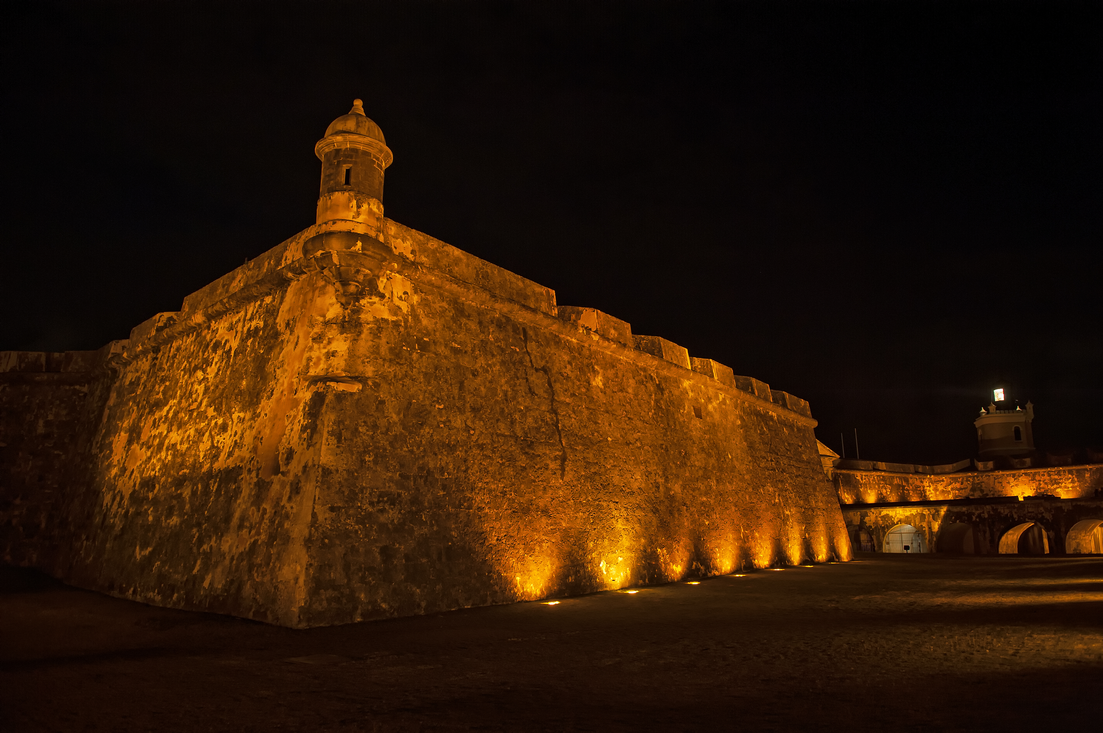 El Morro at night