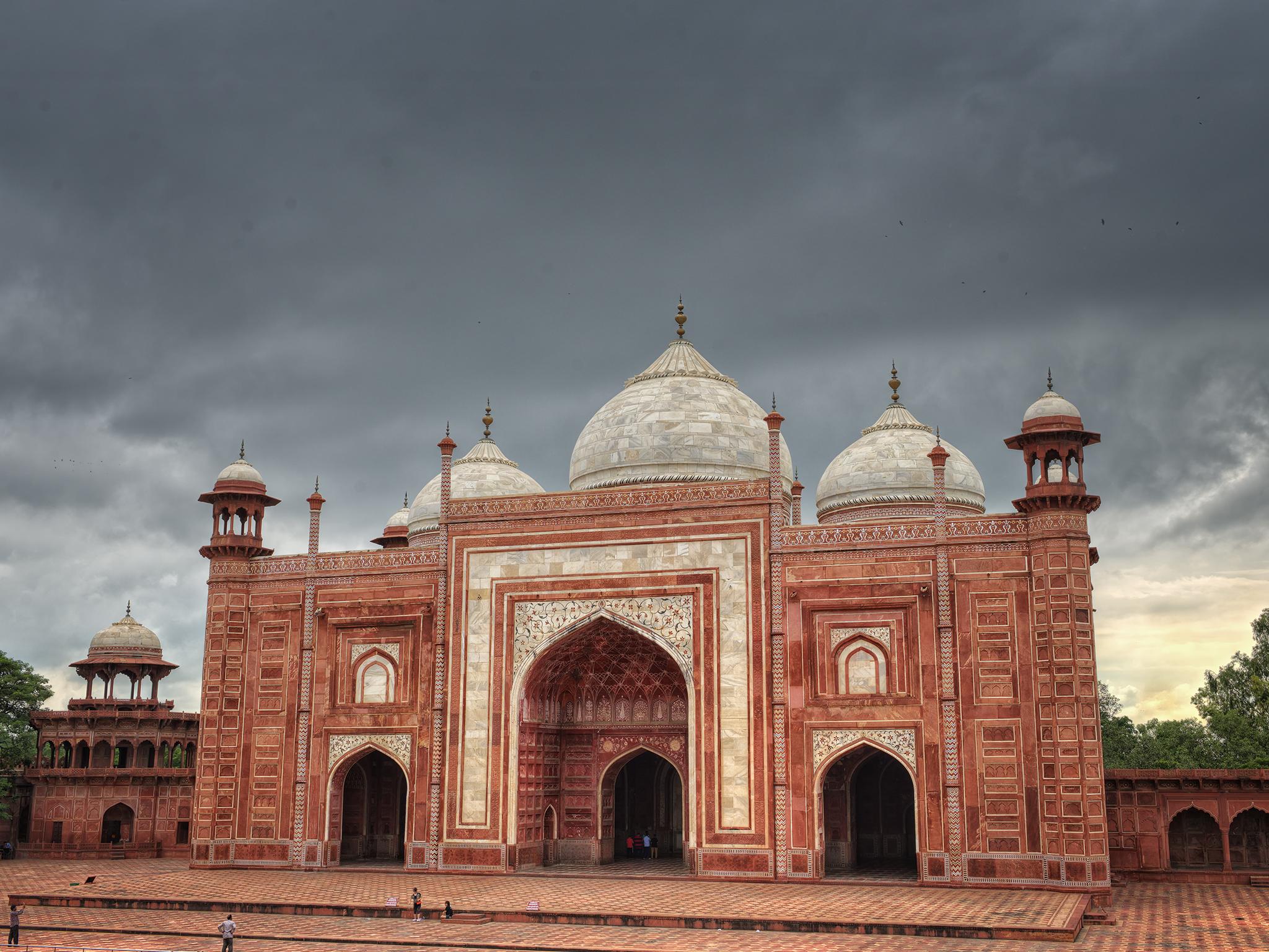 Taj Mahal Guesthouse