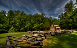 Secluded Log Cabin in Cades Cove