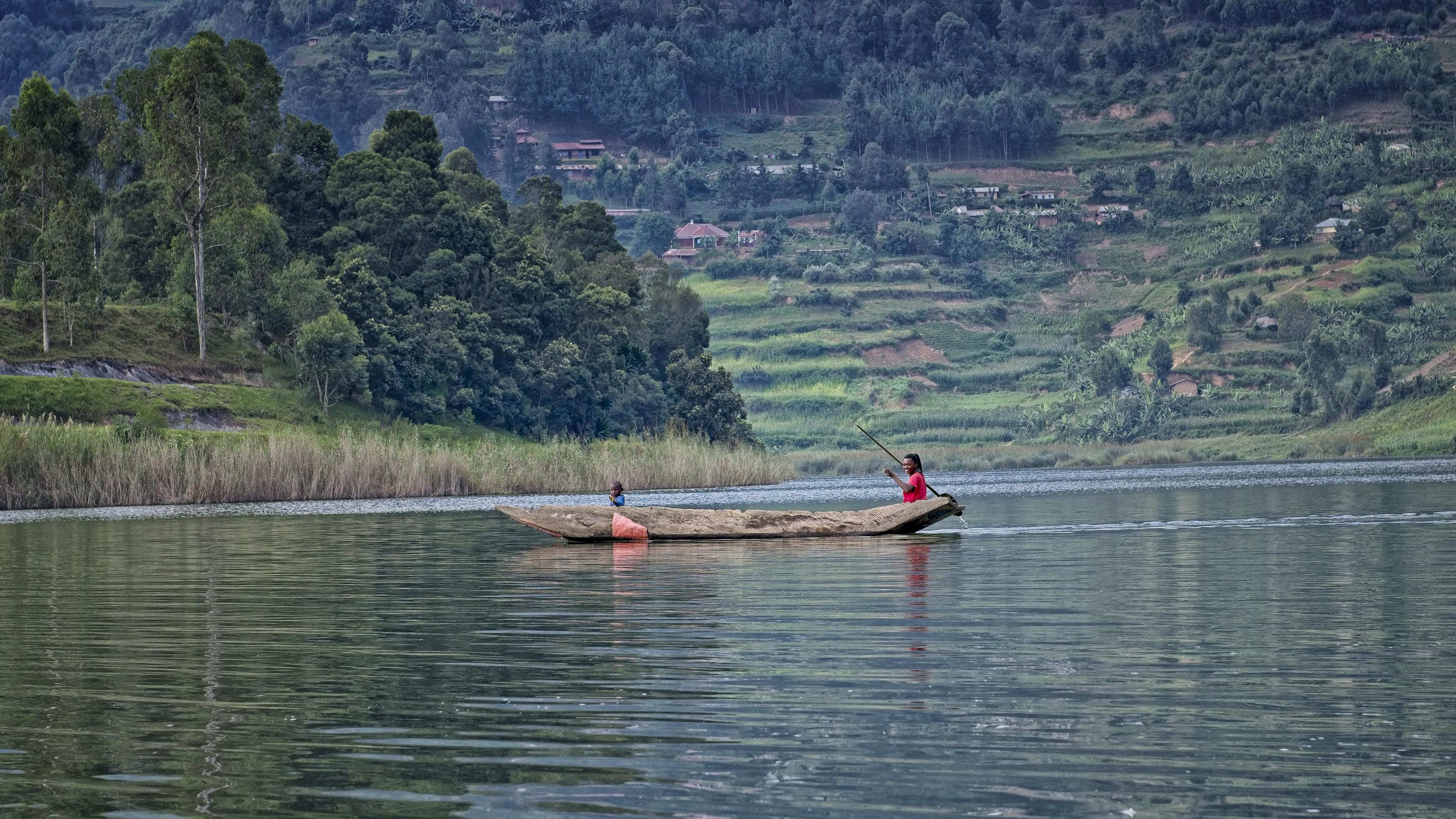 Cruising on Lake Bunyonyi