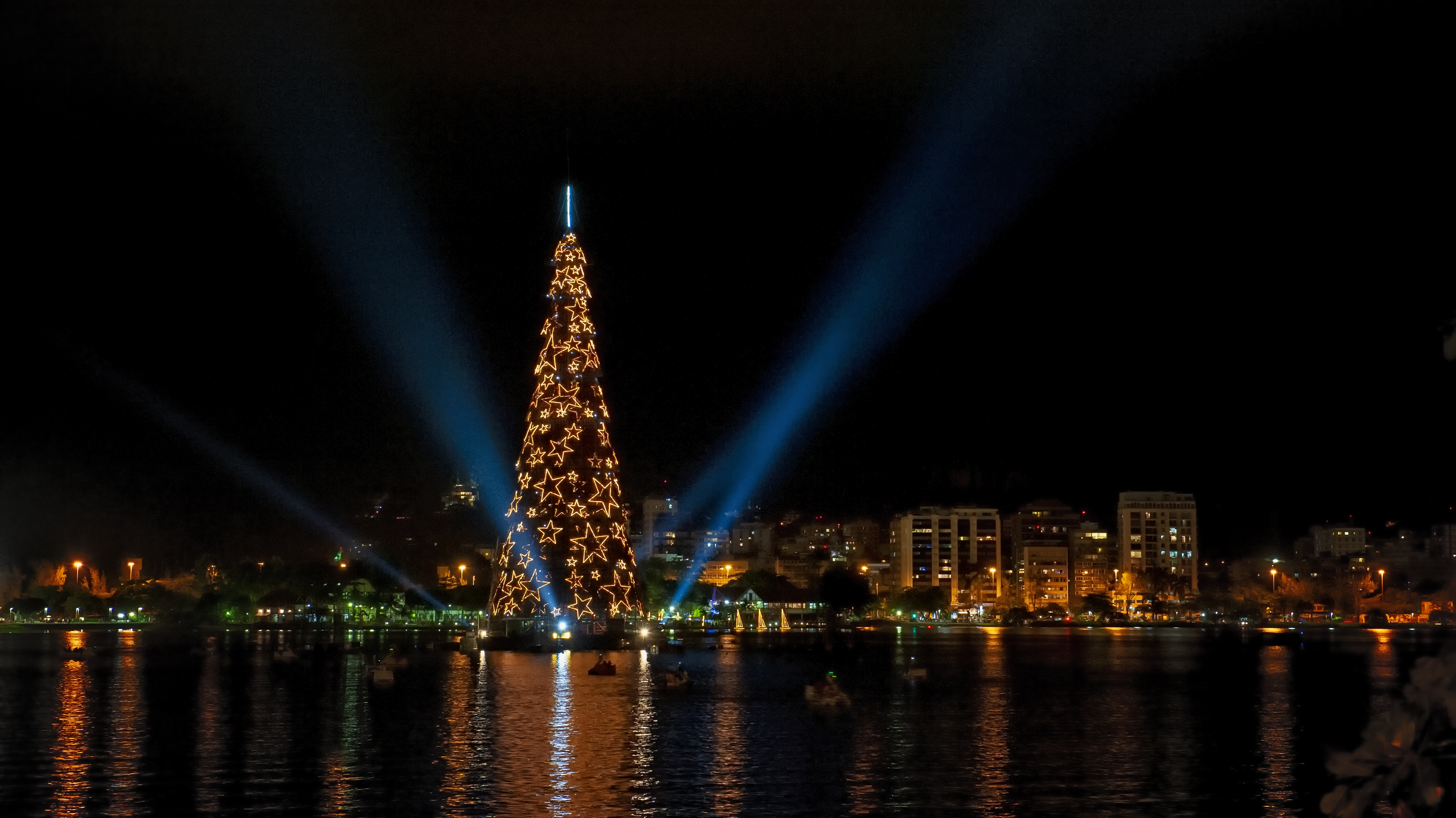 World's tallest floating Christmas tree