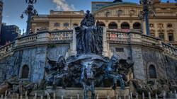 Fountain in Ramos de Azevedo Square