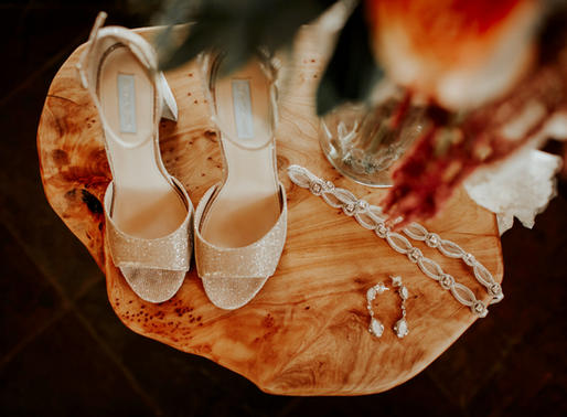 Incorporating Family Heirlooms Into Your Wedding...