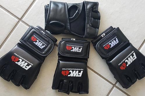 4oz MMA Glove