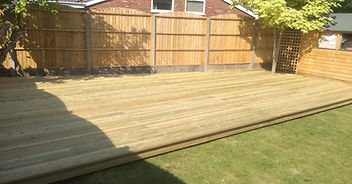 Wooden decking and decorative panel fence with concrete posts and gravelboards. Cheap, value for money, quality, experienced, professional. Dorset, Bournemouth, Christchurch, Poole, Ferndown, Wimborne, Ringwood, Boscombe, Parkstone, Southborne, Winton, Charminster, Corse Mullen, Broadstone, Westborne, Bearwood, Verwood, Canford Heath, Upton, Wareham, Lymington, New Milton, Lynhurst, Brockenhurst, Burley, New Forest, Fordingbridge.
