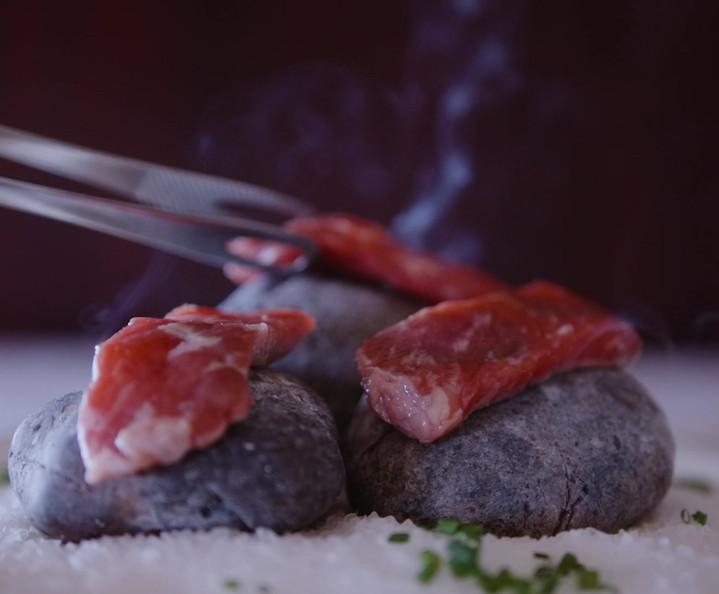 THESIGNTAURE-Hot Stone Beef 2.mp4