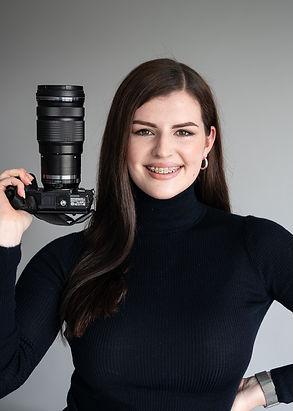 Caitlin Headshot-3.jpg