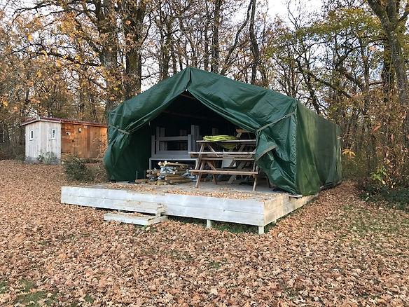 Opslag tent - Les Cabanes de Rouffignac.