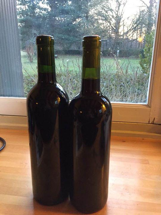 Onze zelf gebottelde flessen rode wijn