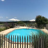 Zwembad - Les Cabanes de Rouffignac.jpg