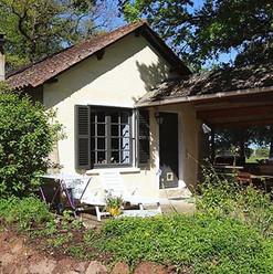Gite au Lac - Les Cabanes de Rouffignac 💦🍃 #gite #casa de vacaciones #do