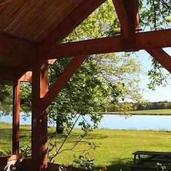 Vista sobre el lago desde la terraza del