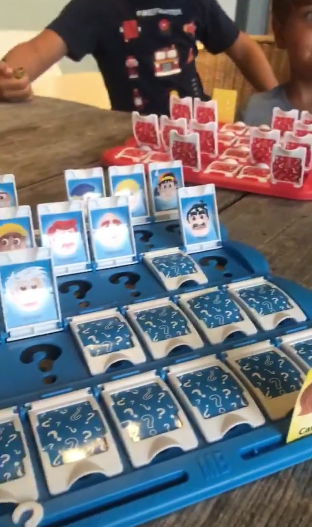 uno de los juegos del gabinete de juegos