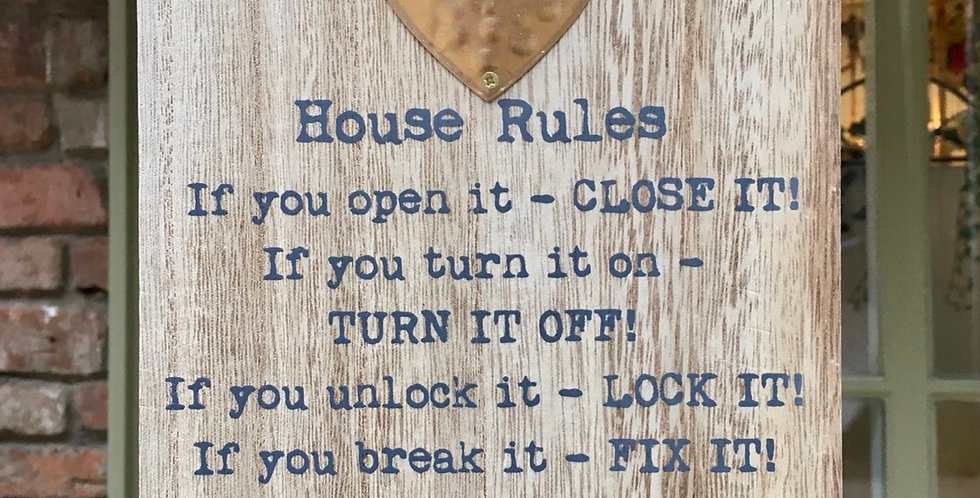 House Rules Rustic Heart Plaque