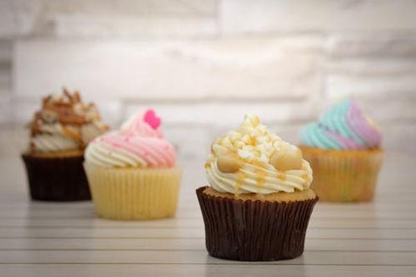cupcakes_pexels-photo-.jpeg