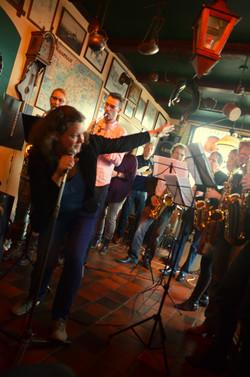 XL Funky Saxband, Café Maaldrift