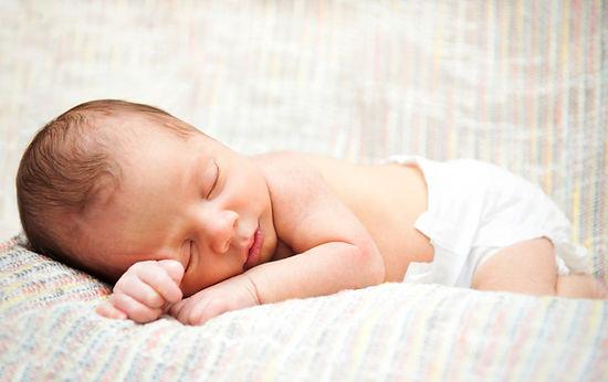 睡覺的嬰兒