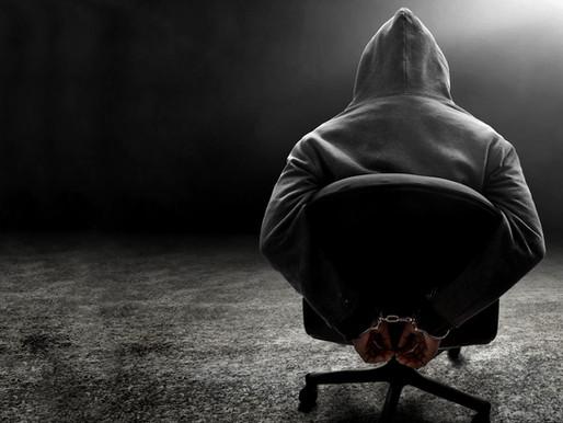 Efecto Asch: Cómo la presión del grupo te llevó a traicionar tus propios principios