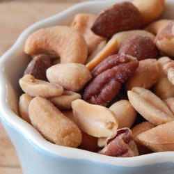 mixed_nuts_howe__41464.1383241939.1280.1280