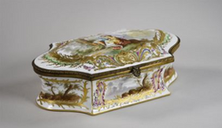 Grande_boite_en_porcelaine_Château_de_Co