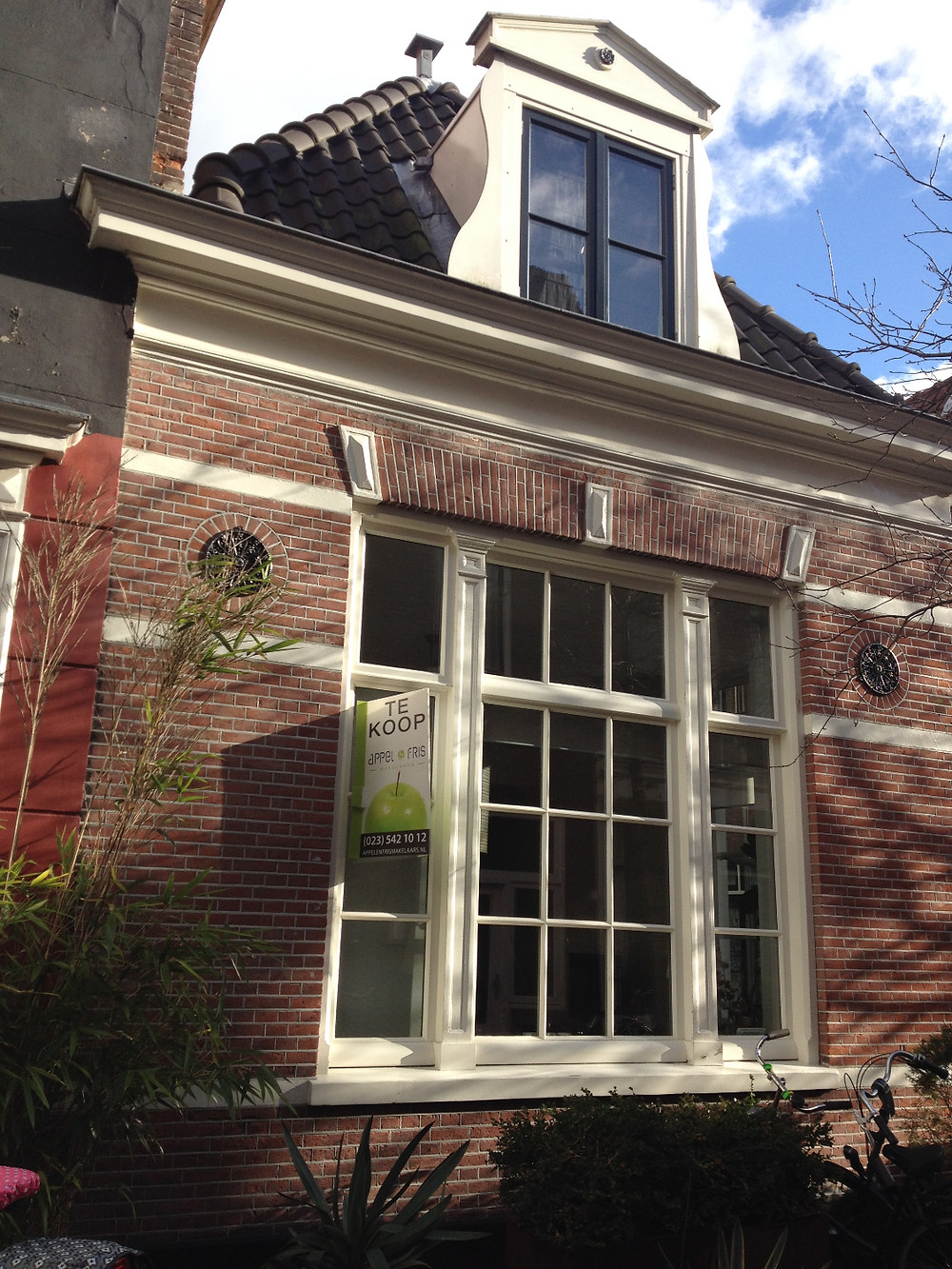 Holland Real Estate Architecture