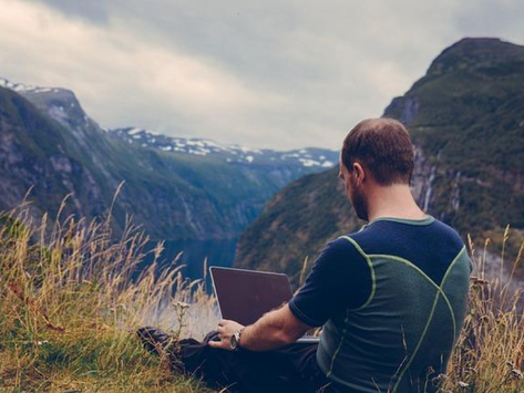 4 Things to Consider Before You Decide to Become a Digital Nomad