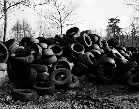 Banal_tires1.jpg