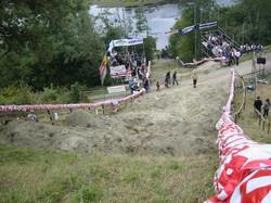 hill04_01.jpg