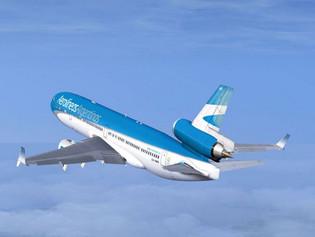 Aerolíneas Argentinas retoma sus operaciones con Uruguay