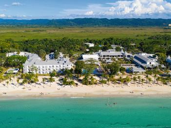 RIU reabre tres hoteles en Jamaica y Bahamas