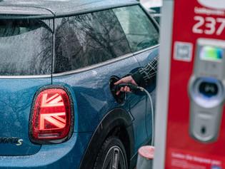 El placer de la conducción eléctrica: la colección Mini Electric para el Mini Cooper SE