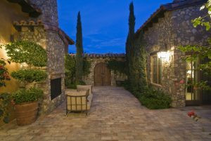 Landscape Lighting Installation Services in the Tampa Bay Area