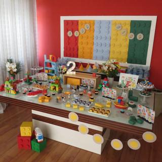 A roda do ônibus gira gira, em Lego
