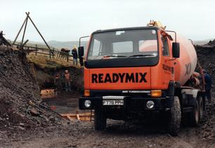 137. Ready-mix lorry.bmp