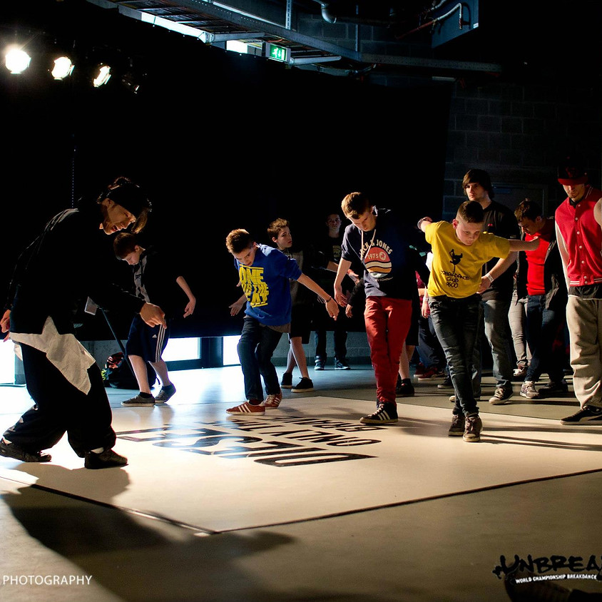Hip Hop/Breaking (Ages 6-9)