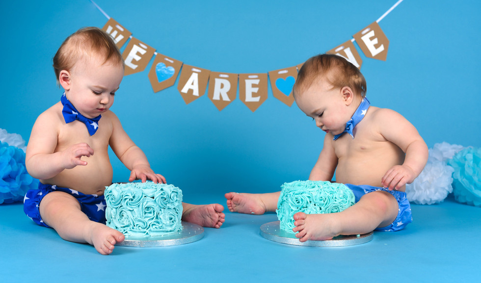 Devon Cake Smash Photography