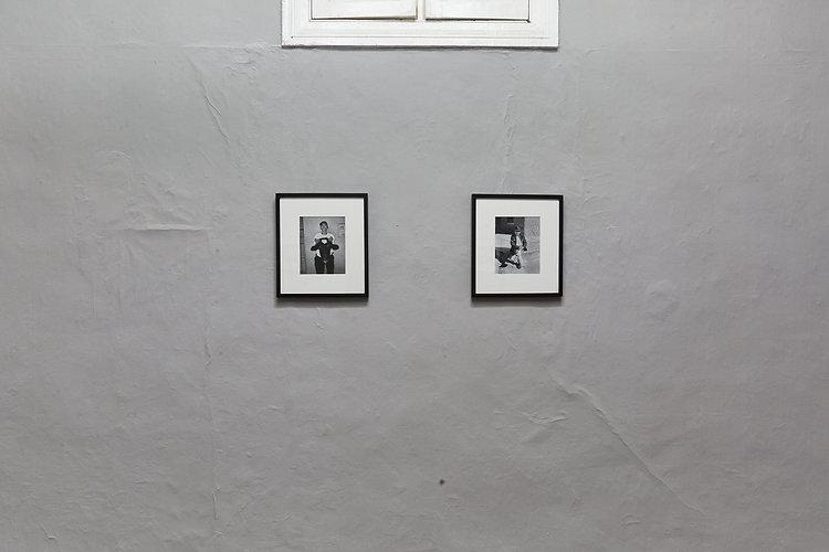 Vista de exhibición, Retratos de Cajamala, Sebastián Montalvo Gray, VIGIL GONZALES (2020)
