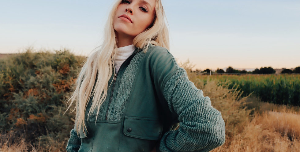Lucy Green pullover