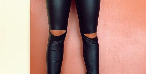 Deja Vu open knee vegan legging