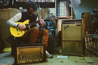 Adrien Albaynac Musique ,Yamaha Revstar et Fender vintae