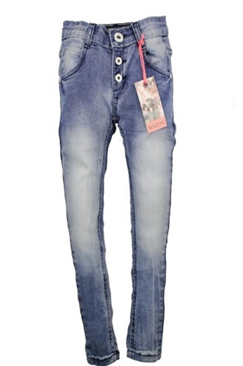 W24685: buttons jeans