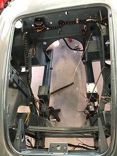restauration compartiment moteur Austin Healey BN7 MK1