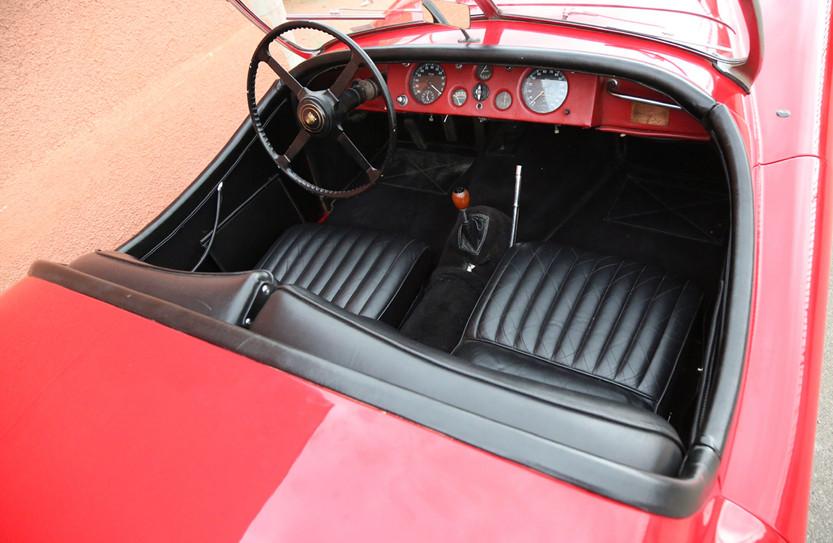 Jaguar XK120 intérieur